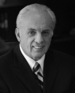 Thumb_johnmacarthur